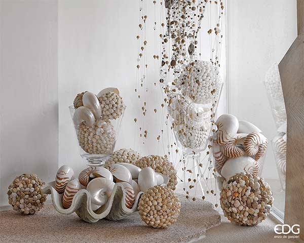 Casa arredo jesi vasi complementi d arredo siamo nelle for Arte casa complementi d arredo